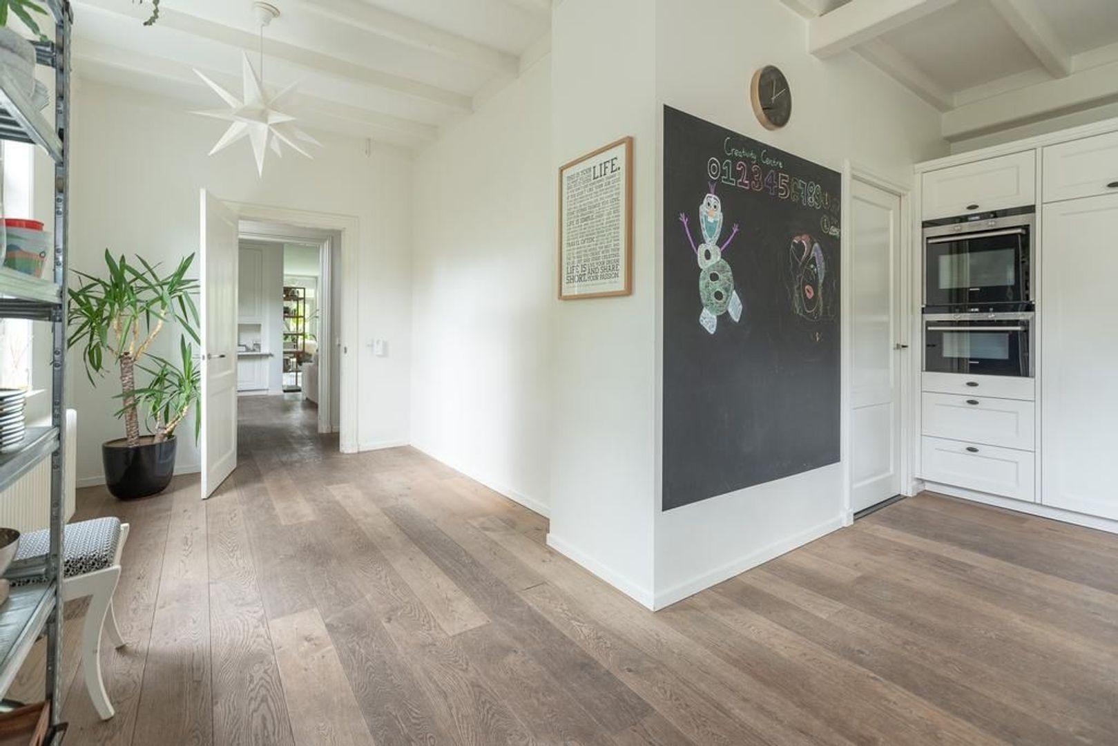 Hoge Naarderweg 84, Hilversum foto-6 blur
