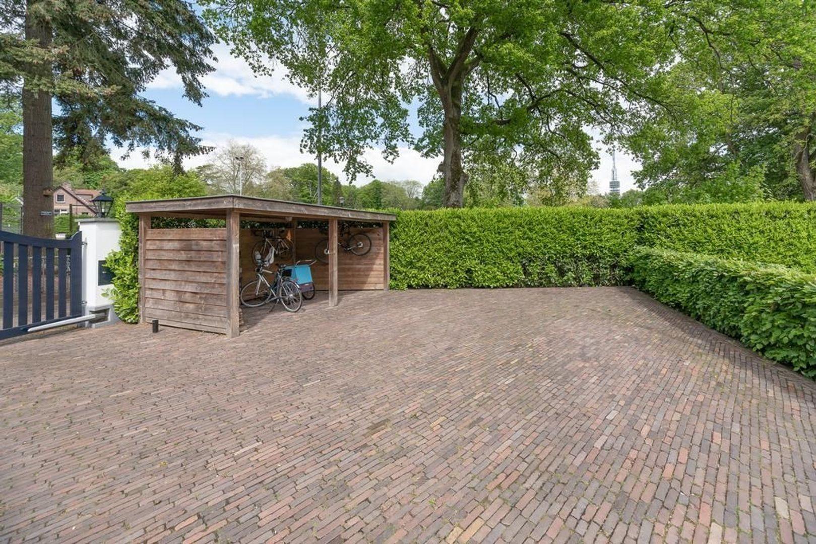 Hoge Naarderweg 84, Hilversum foto-30 blur