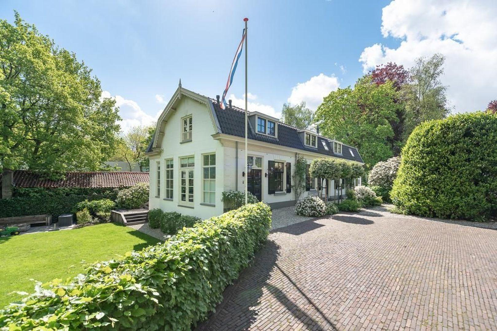 Hoge Naarderweg 84, Hilversum foto-31 blur