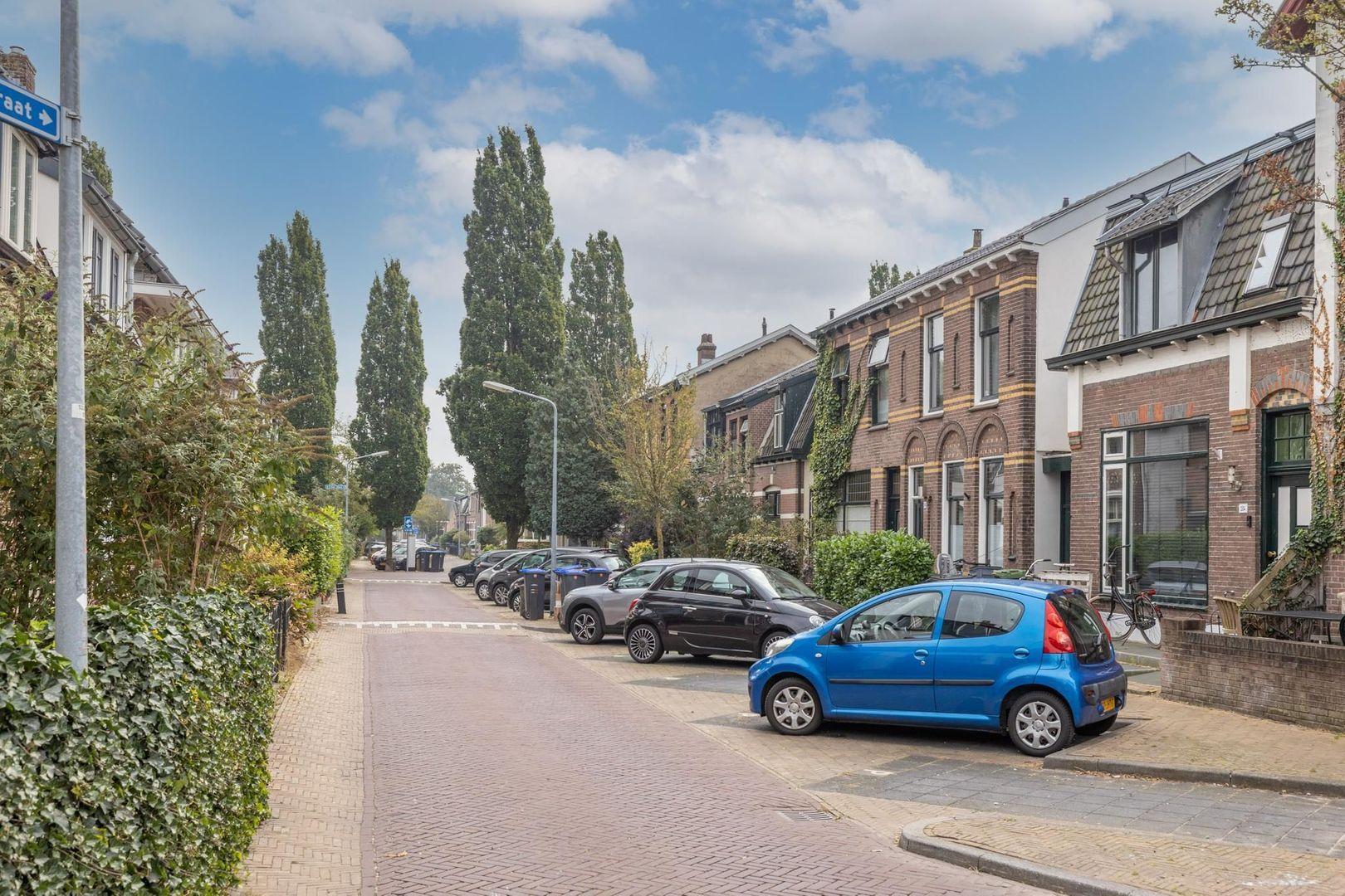 Violenstraat 112, Hilversum foto-25 blur
