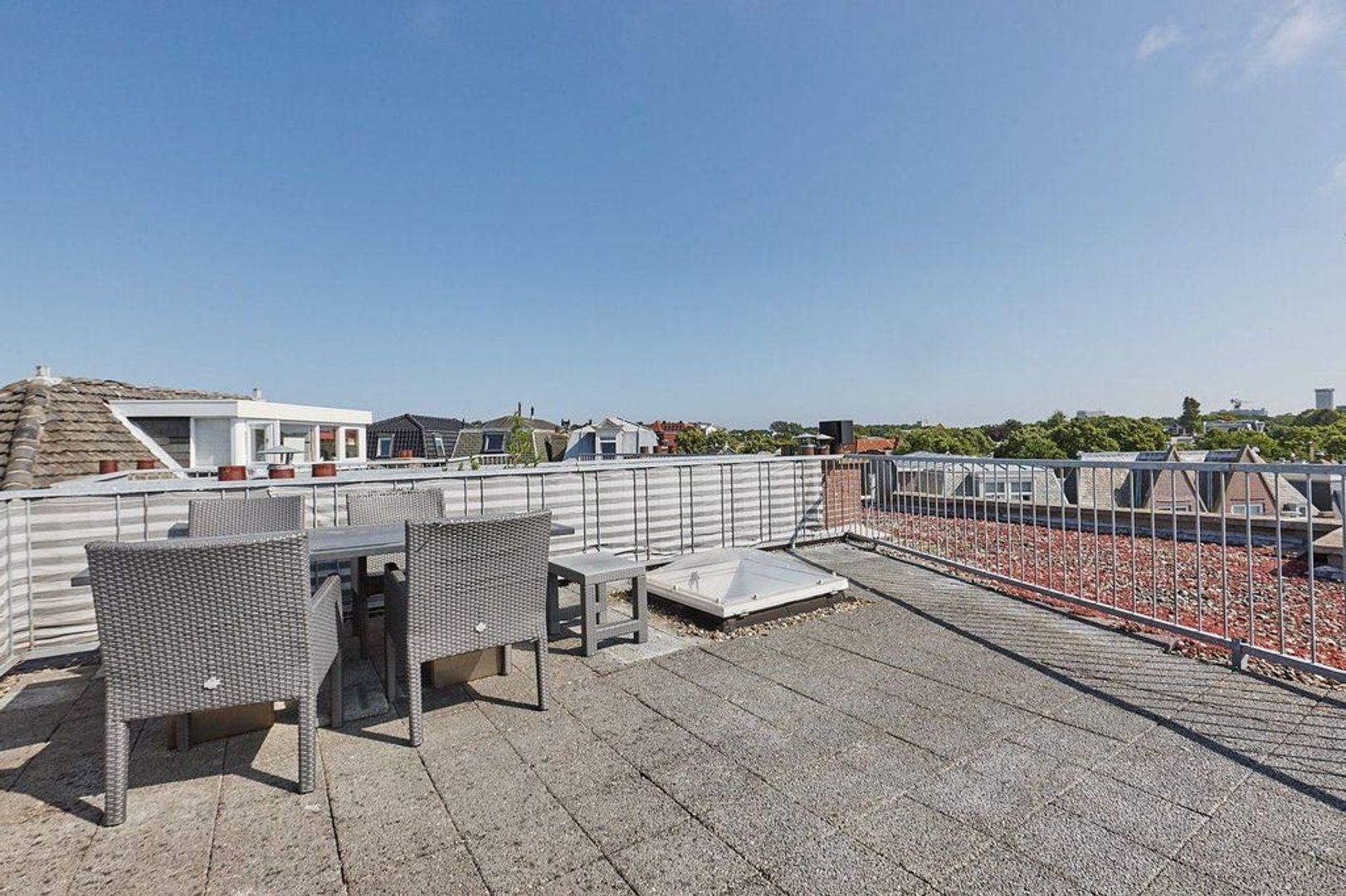 Symonszstraat, Den Haag foto-2 blur