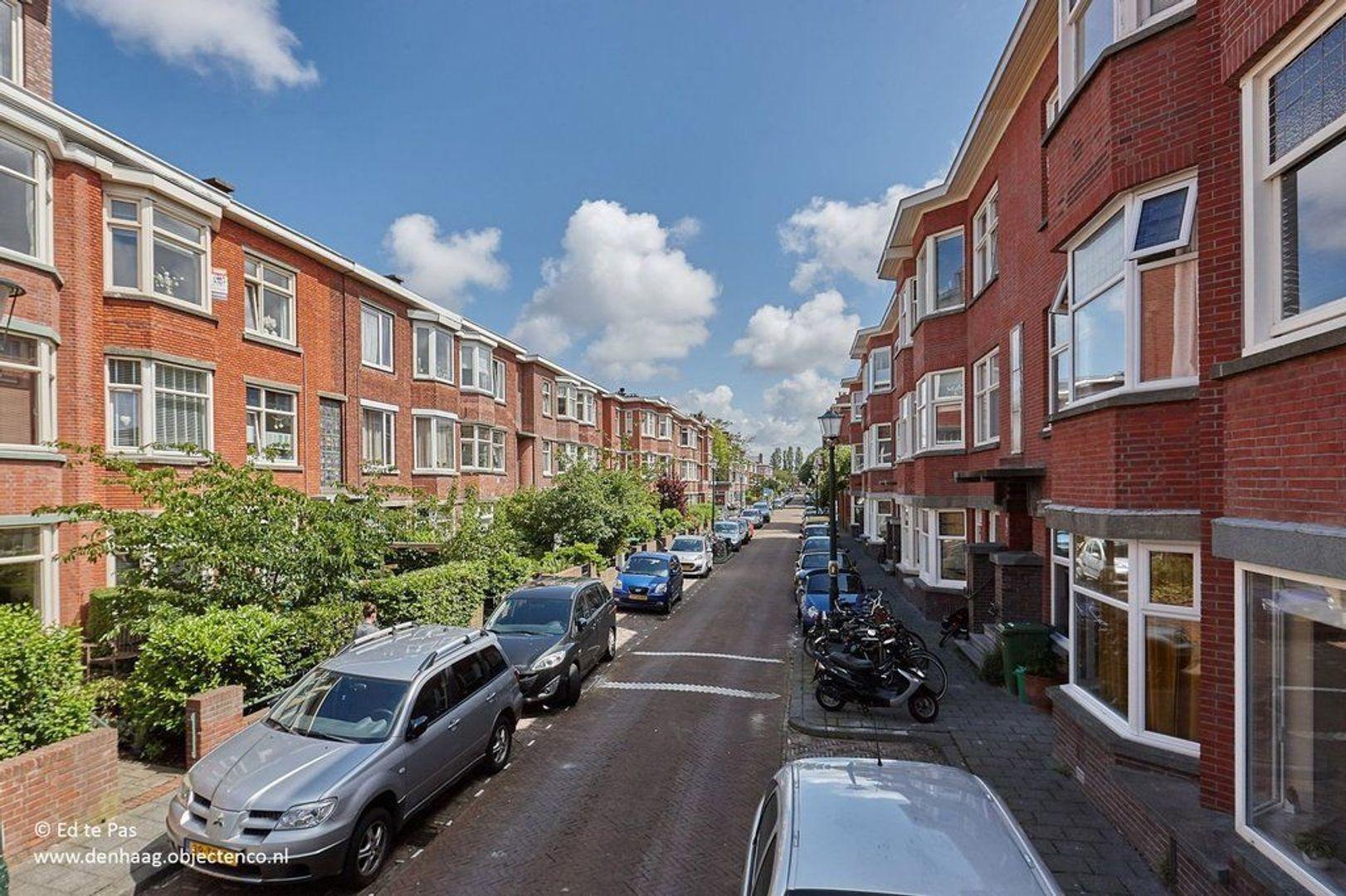 Perenstraat, Den Haag foto-22 blur