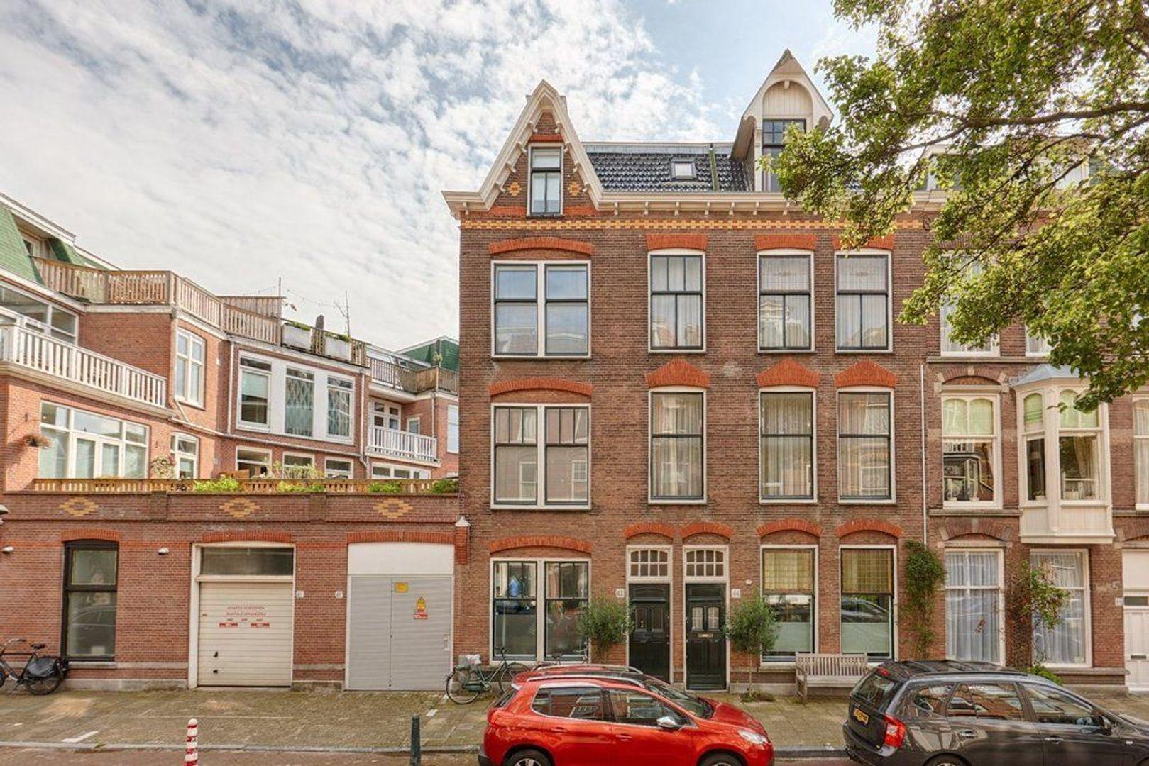 Nicolaistraat, Den Haag foto-1 blur