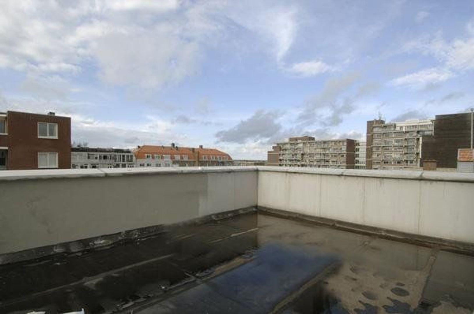 Treilerweg, Den Haag foto-12 blur