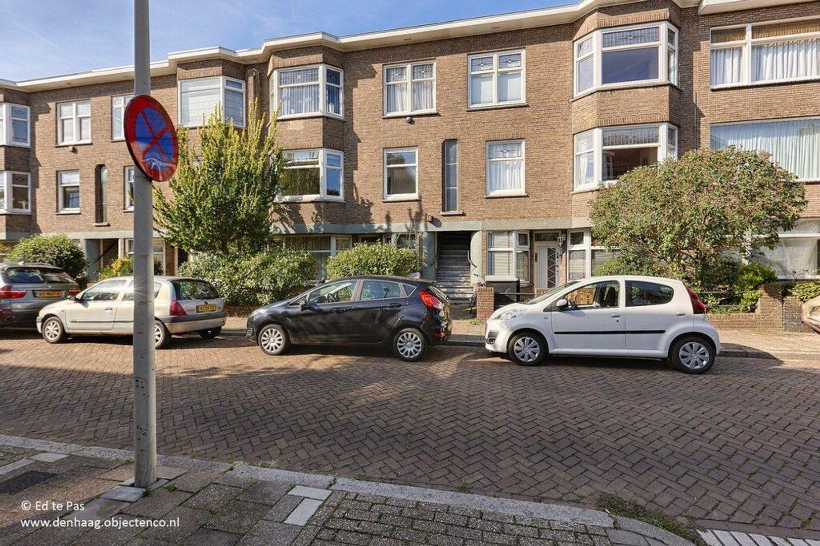 Van Lansbergestraat, Den Haag foto-17 blur