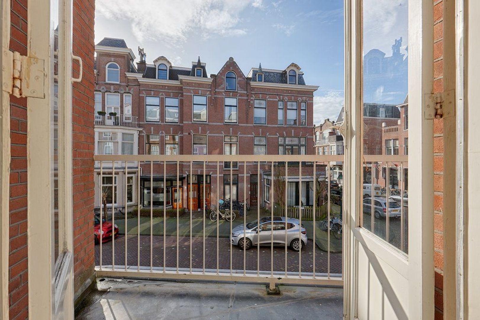 Jacob Gillesstraat, Den Haag foto-16 blur