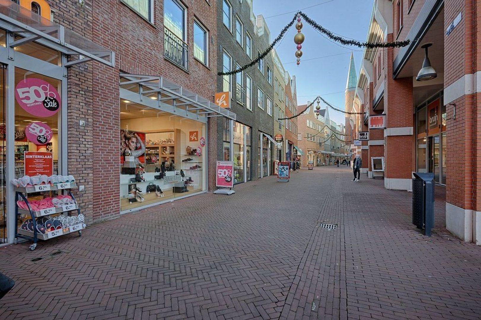 Laan van Nootdorp, Nootdorp foto-19 blur