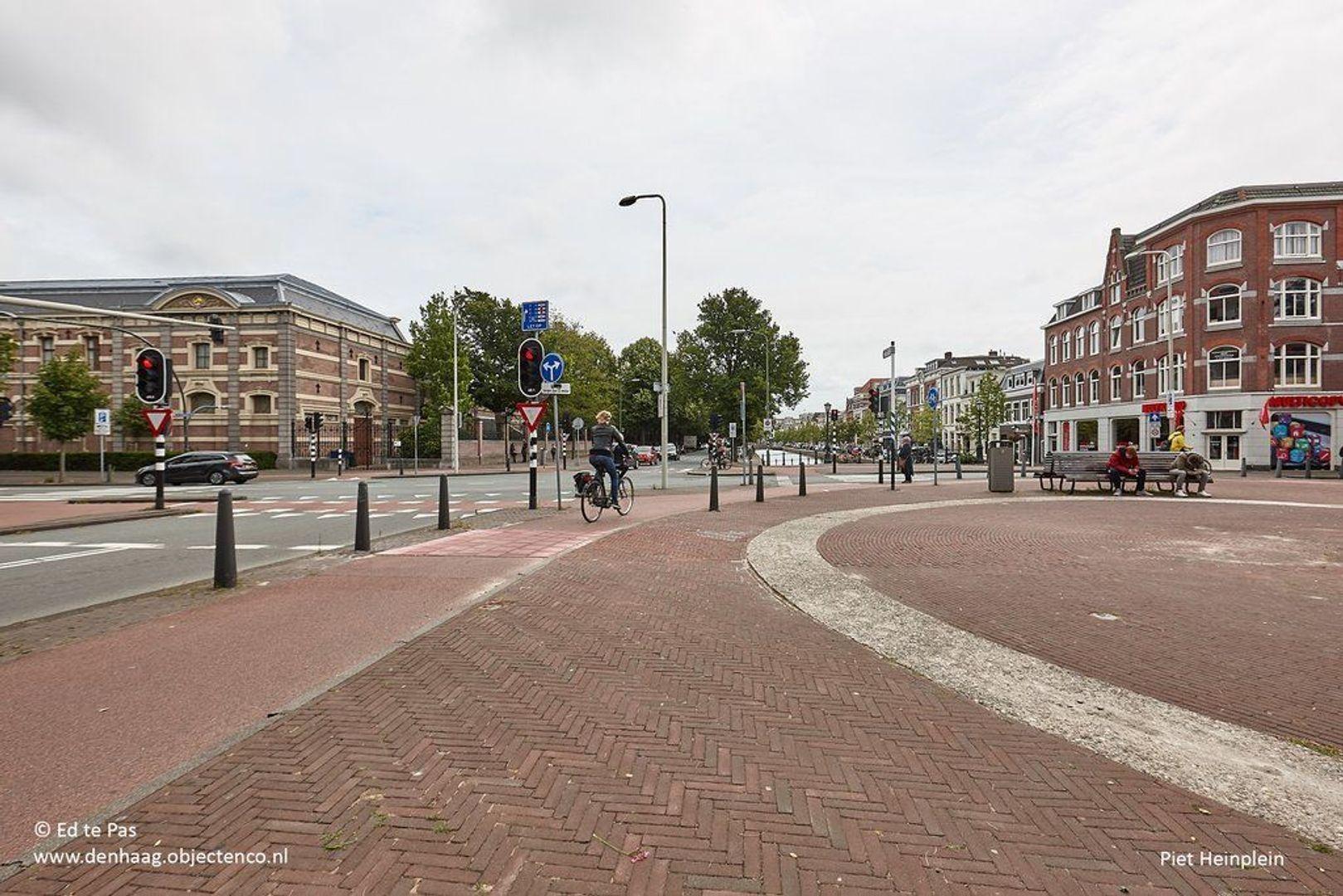 Zeestraat, Den Haag foto-20 blur
