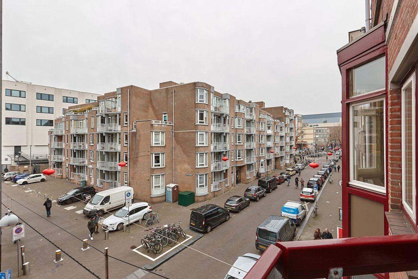 Gedempte Burgwal, Den Haag foto-13 blur