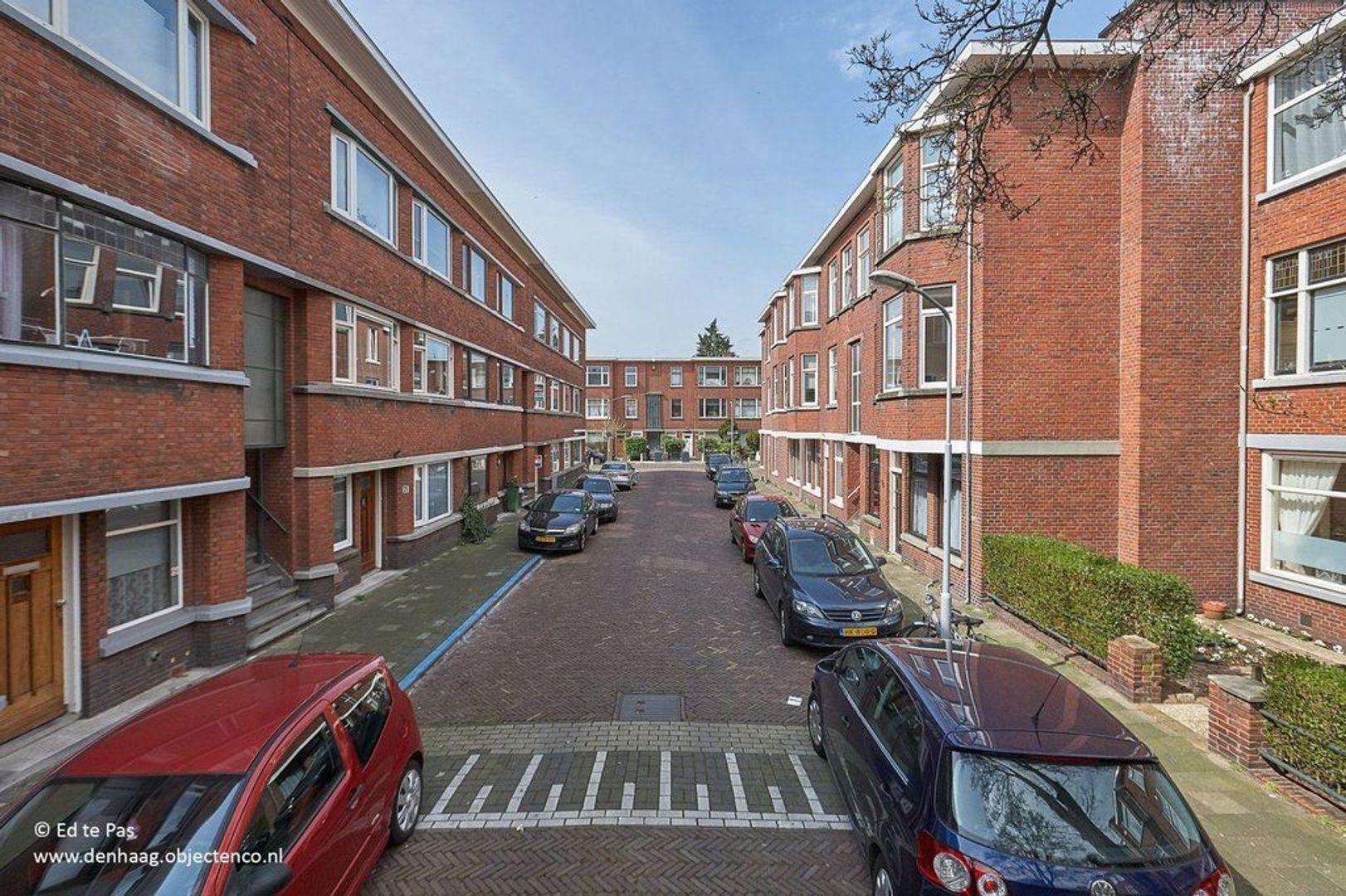 van Gaesbekestraat, Voorburg foto-16 blur