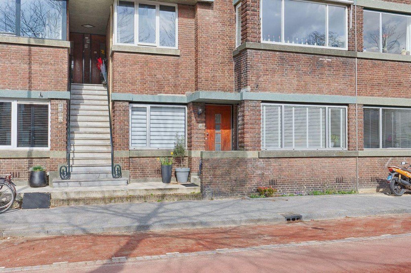 Juliana van Stolberglaan, Den Haag foto-20 blur