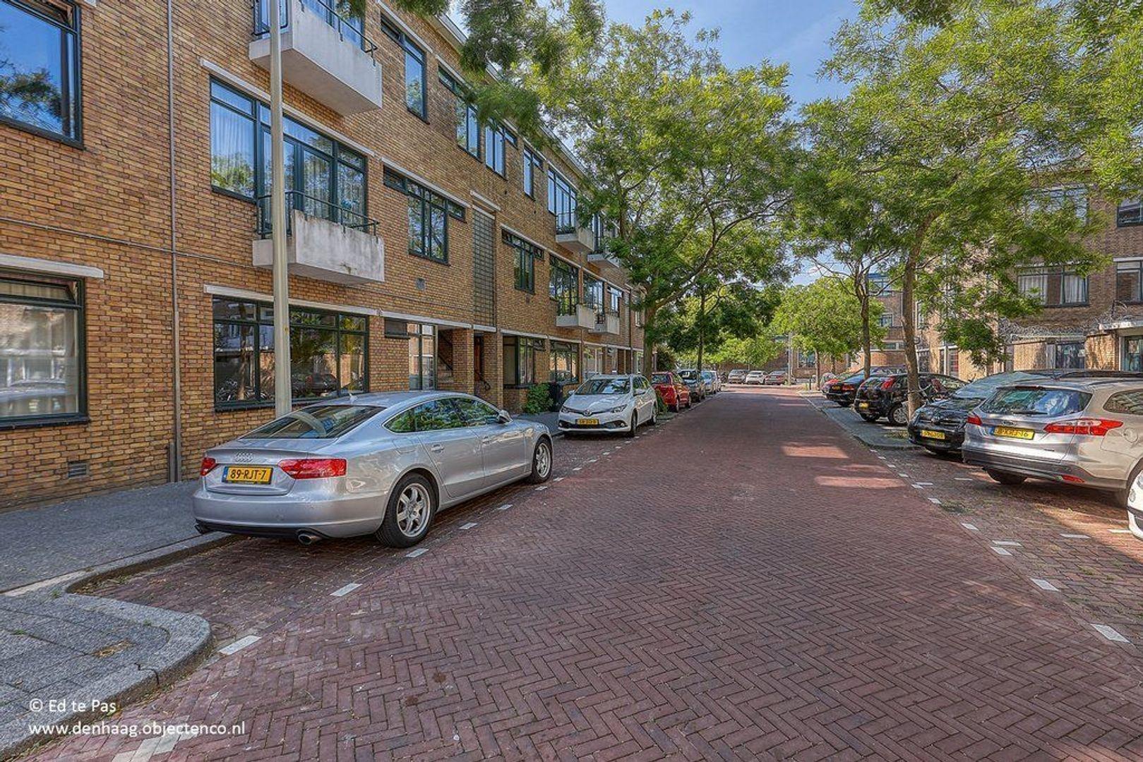 Van Heutszstraat, Den Haag foto-27 blur