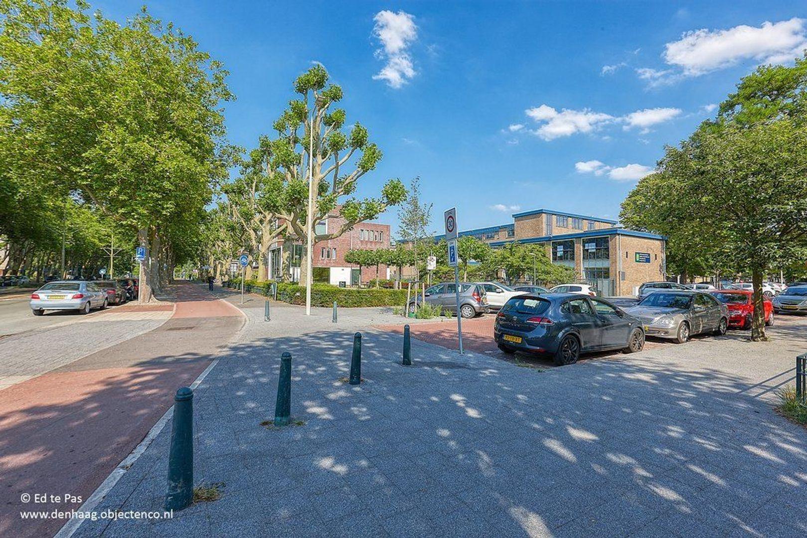 Van Heutszstraat, Den Haag foto-29 blur