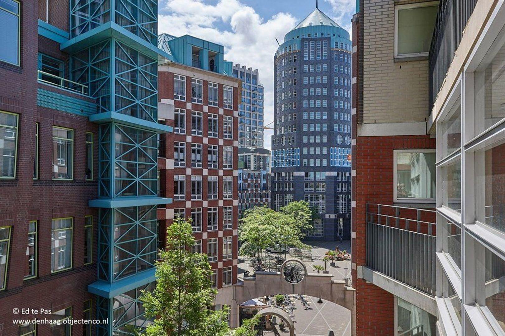 Muzenstraat, Den Haag foto-2 blur
