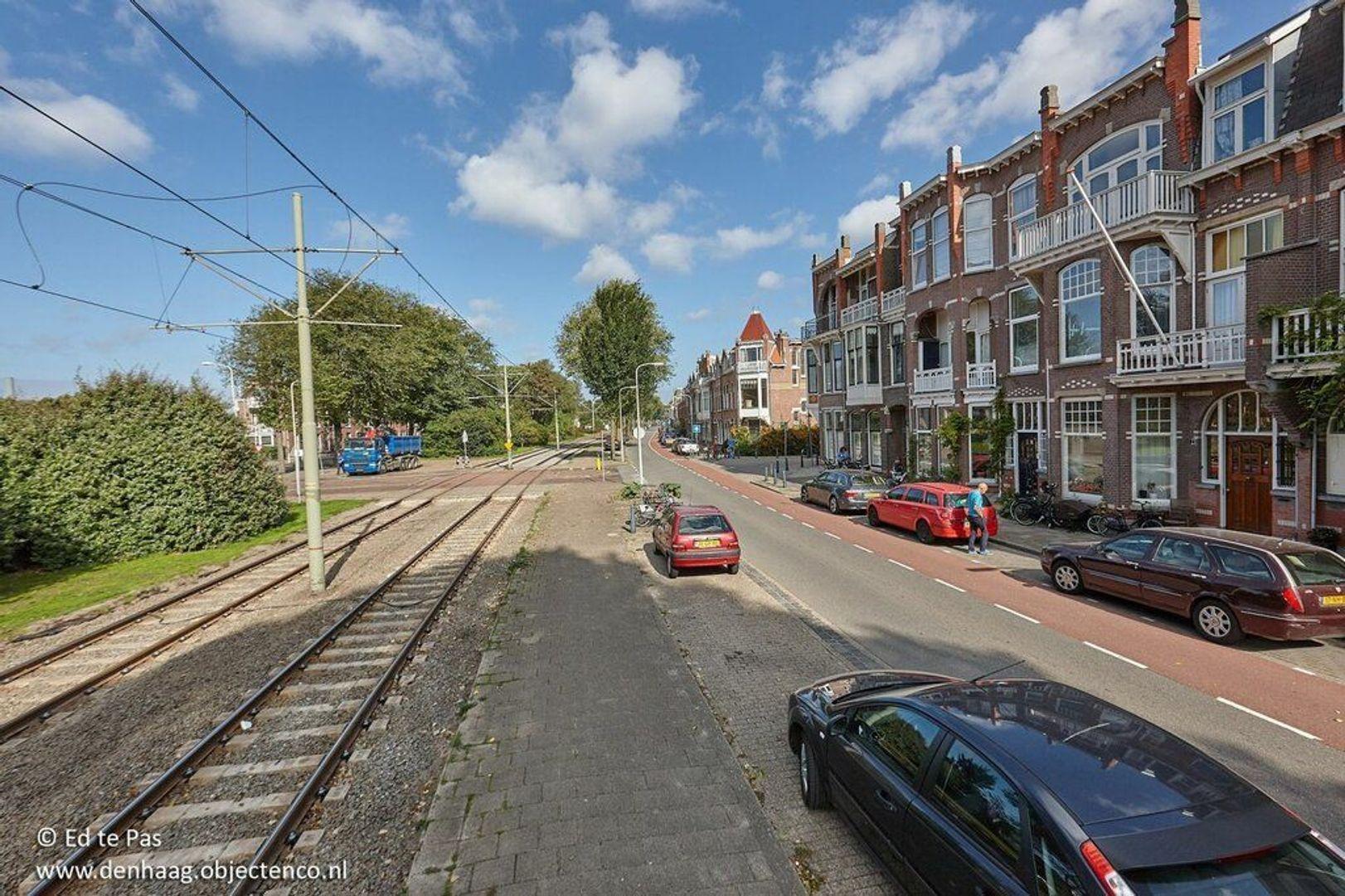 Van Boetzelaerlaan, Den Haag foto-30 blur