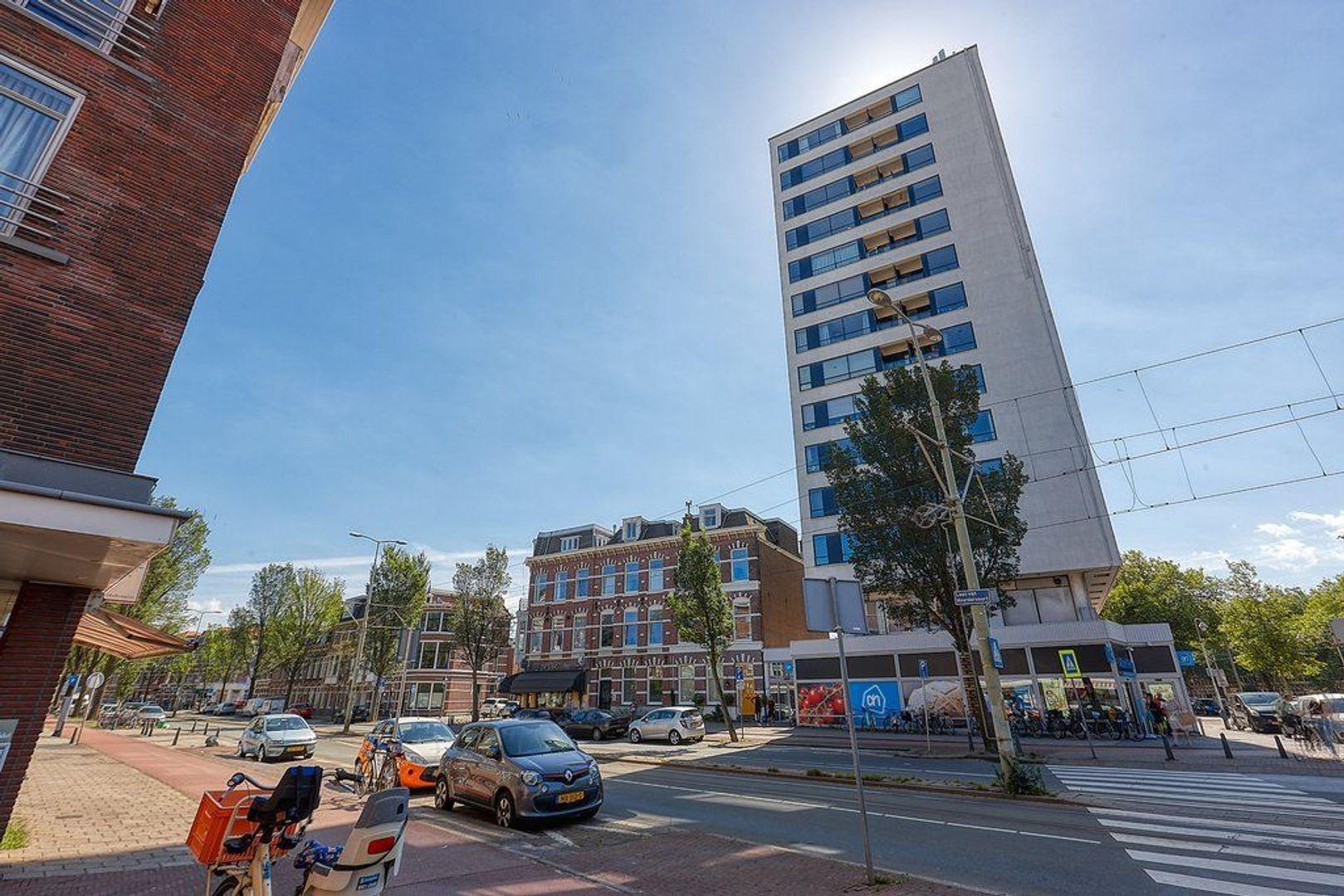 Laan van Meerdervoort, Den Haag foto-1 blur
