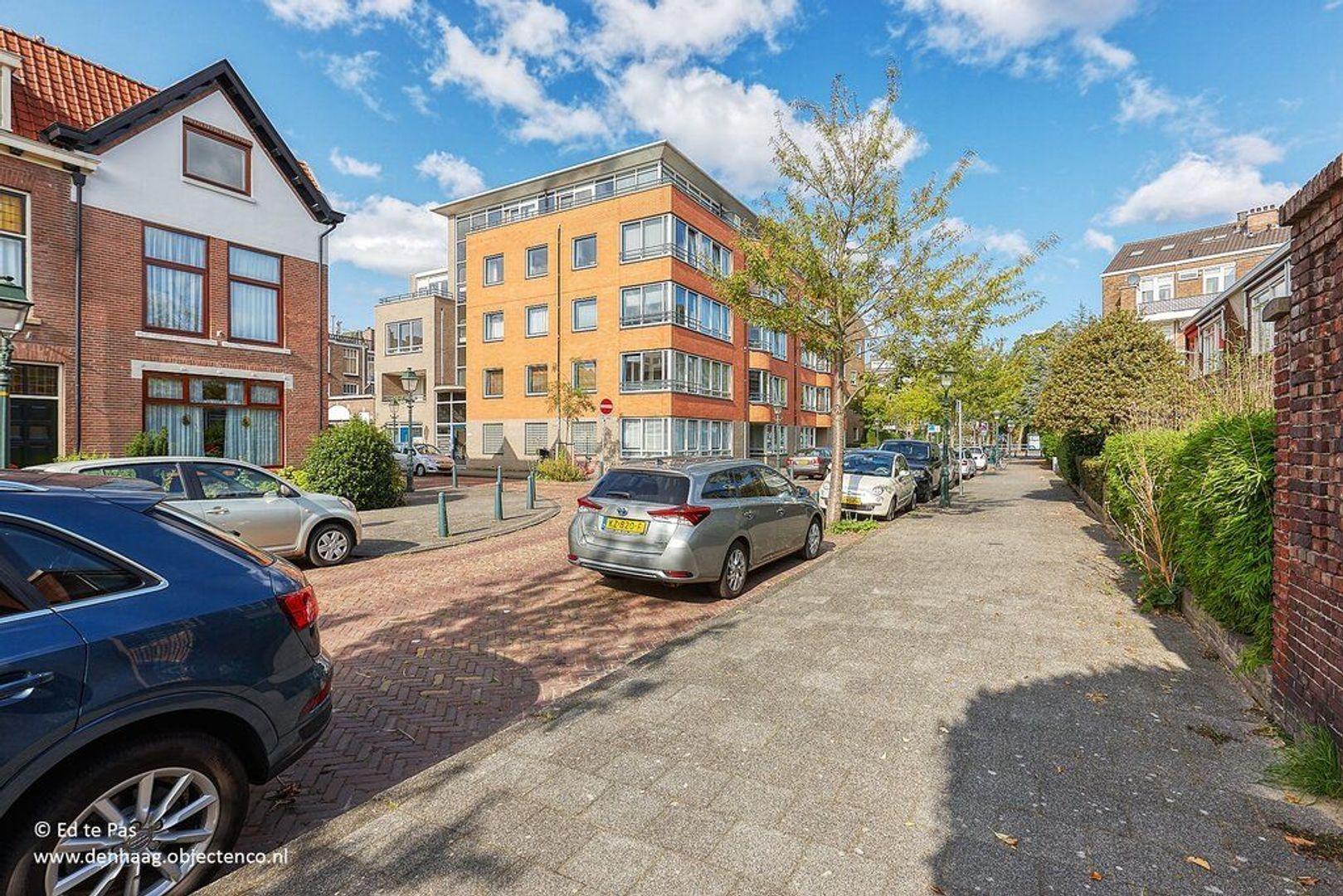 Abraham Patrasstraat, Den Haag foto-25 blur