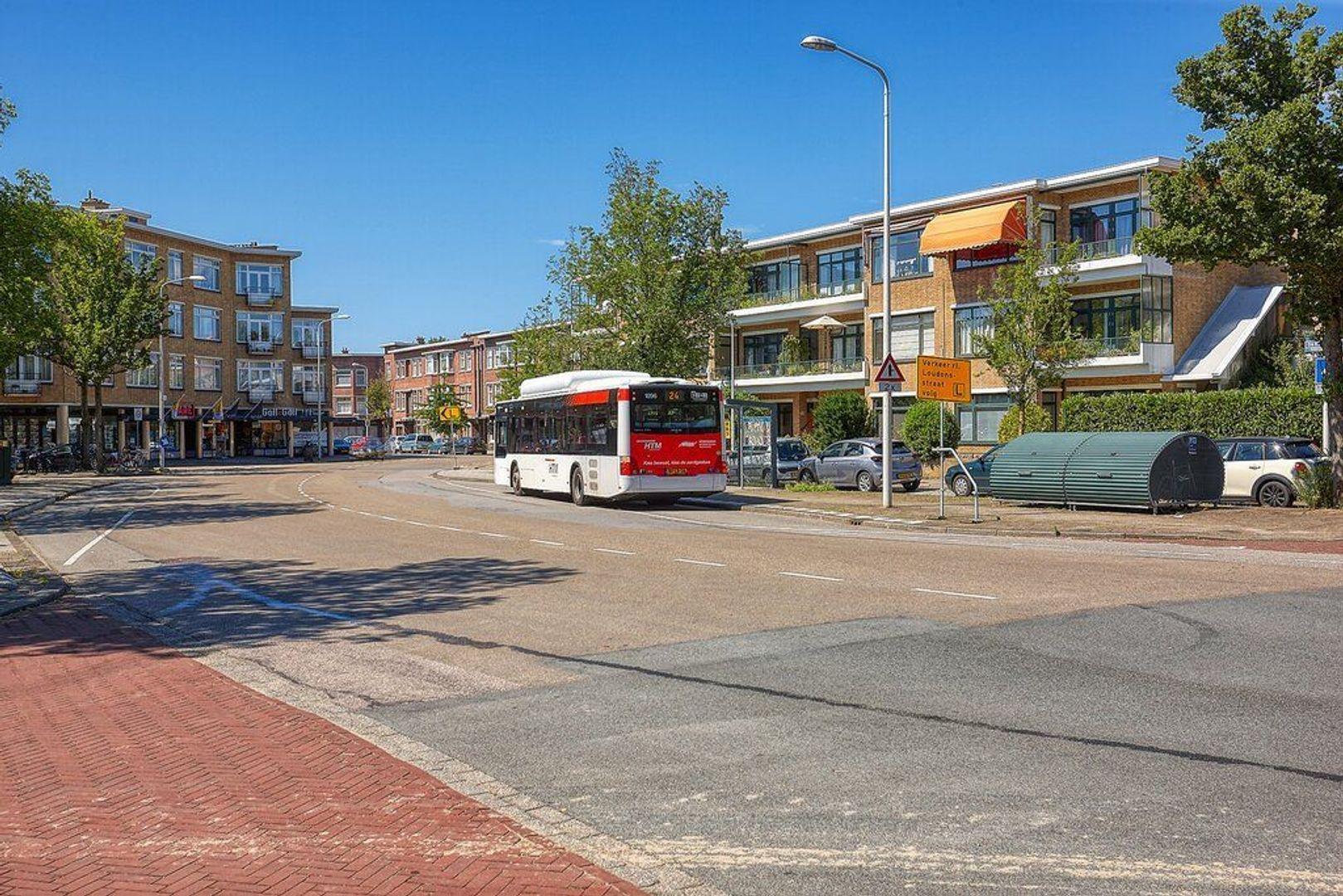 De Eerensplein, Den Haag foto-31 blur