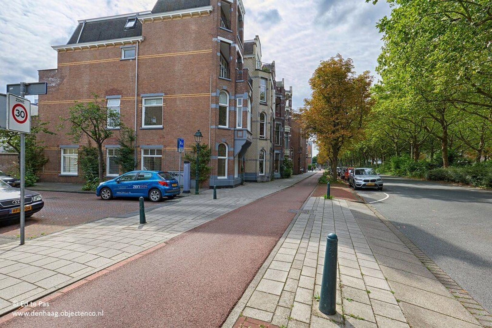 Van Imhoffstraat, Den Haag foto-22 blur