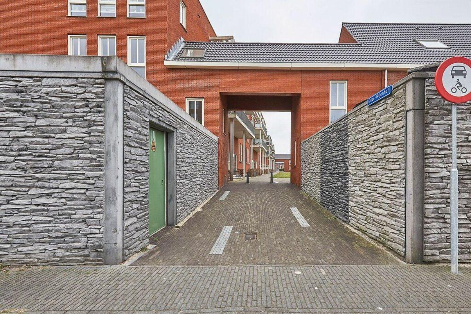 Gilze-Rijenhof, Nootdorp foto-25 blur