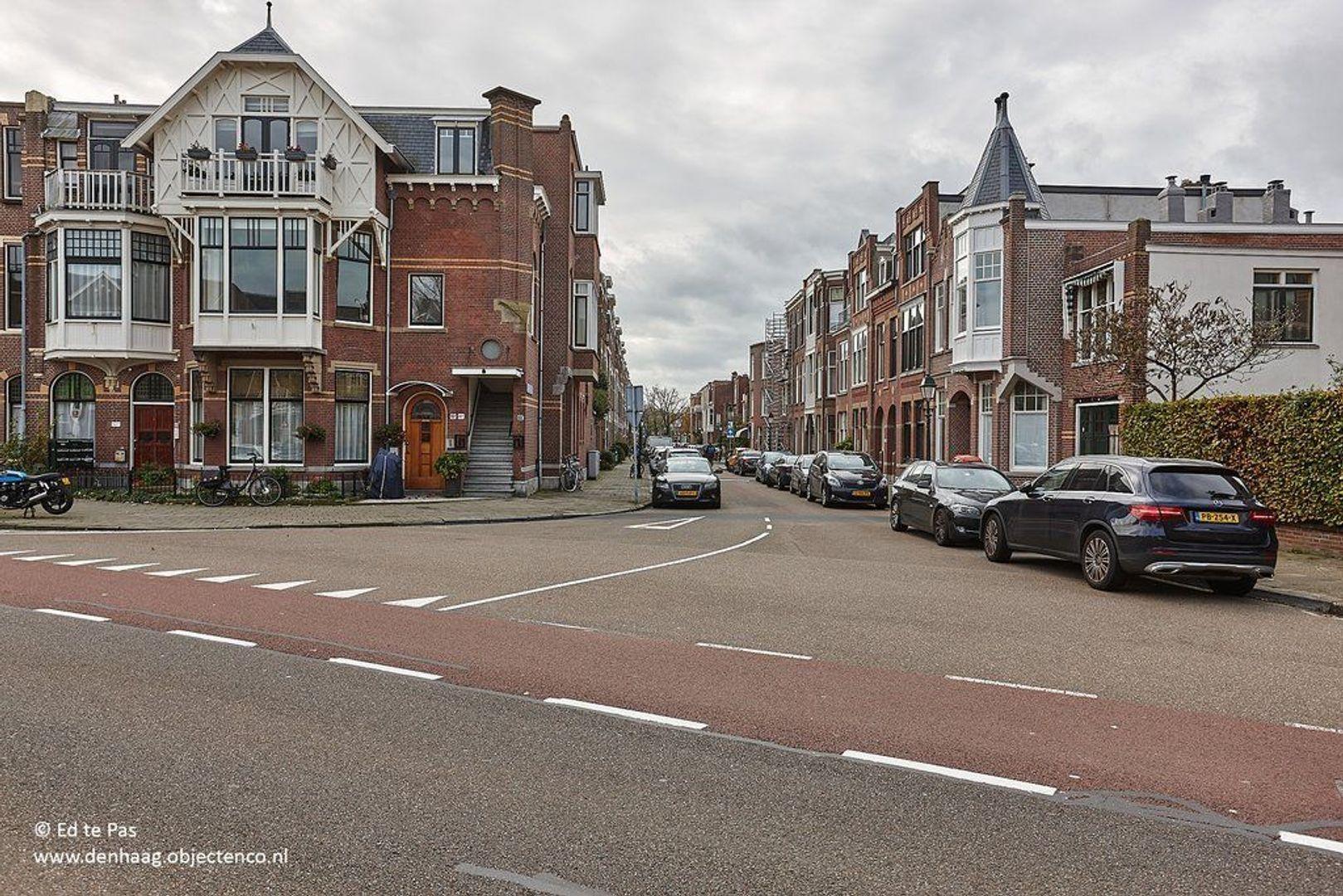 Van Aerssenstraat, Den Haag foto-30 blur