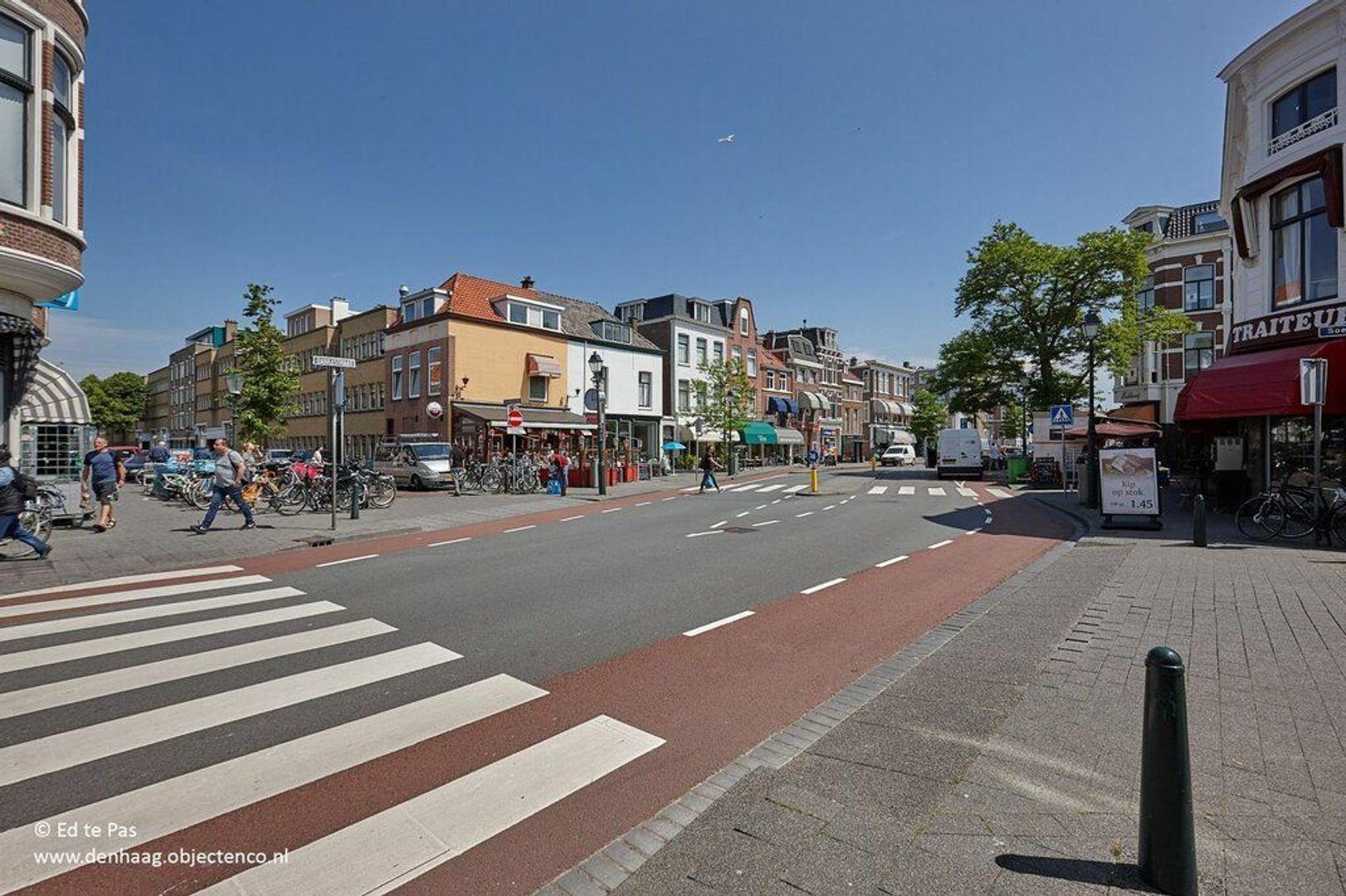 Bankastraat, Den Haag foto-31 blur