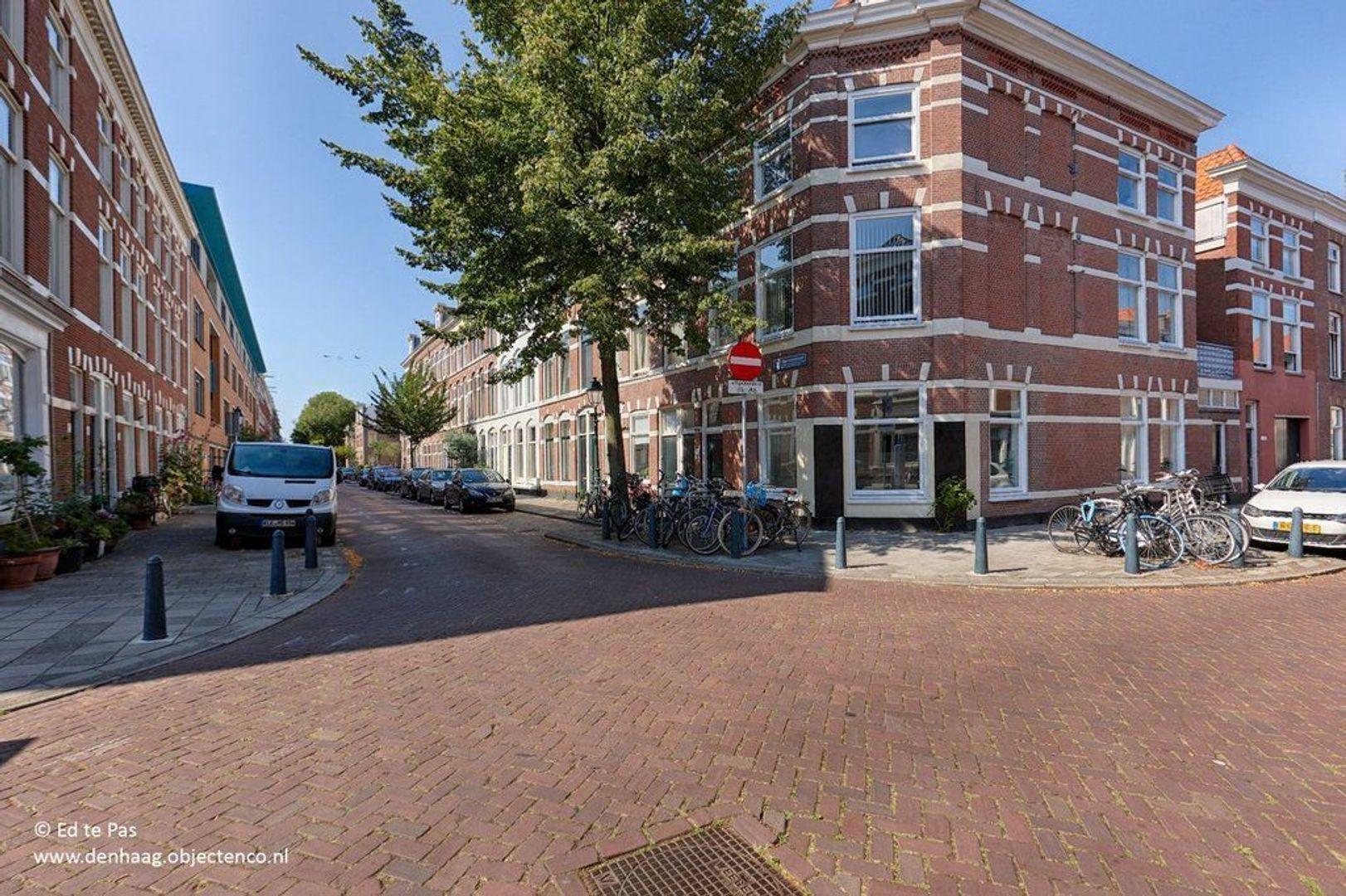 Van Merlenstraat, Den Haag foto-25 blur