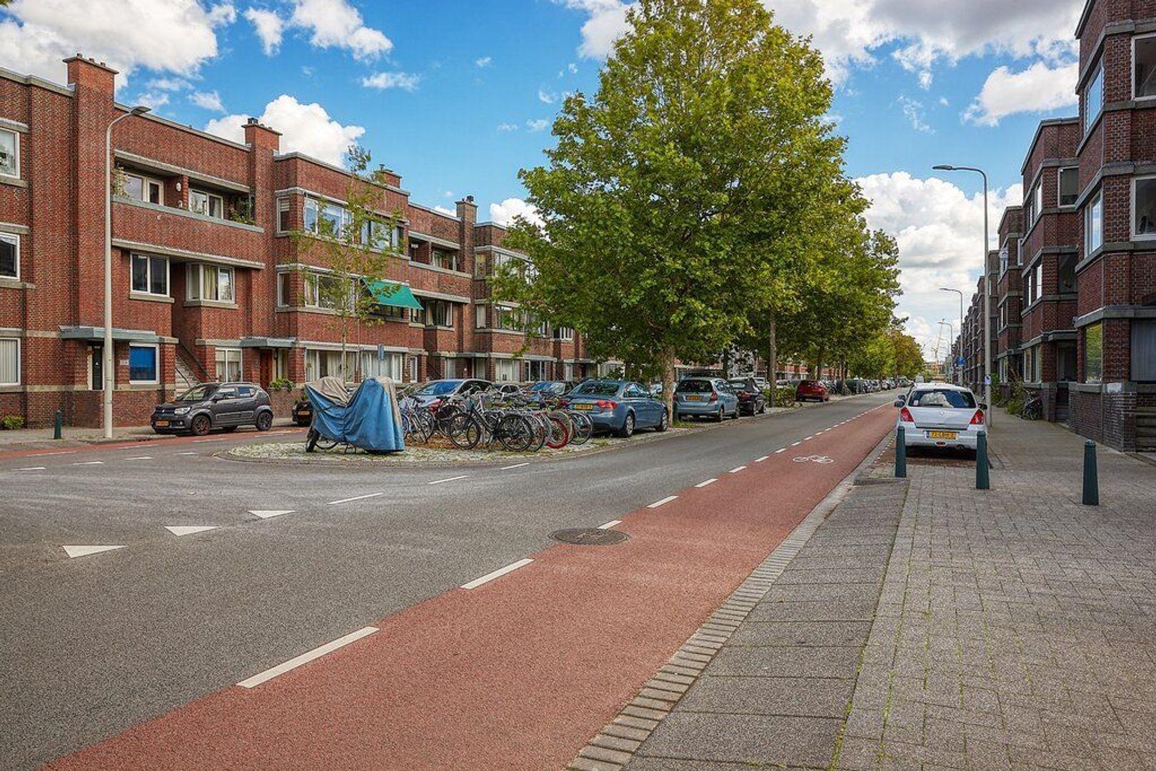 Usselincxstraat, Den Haag foto-22 blur