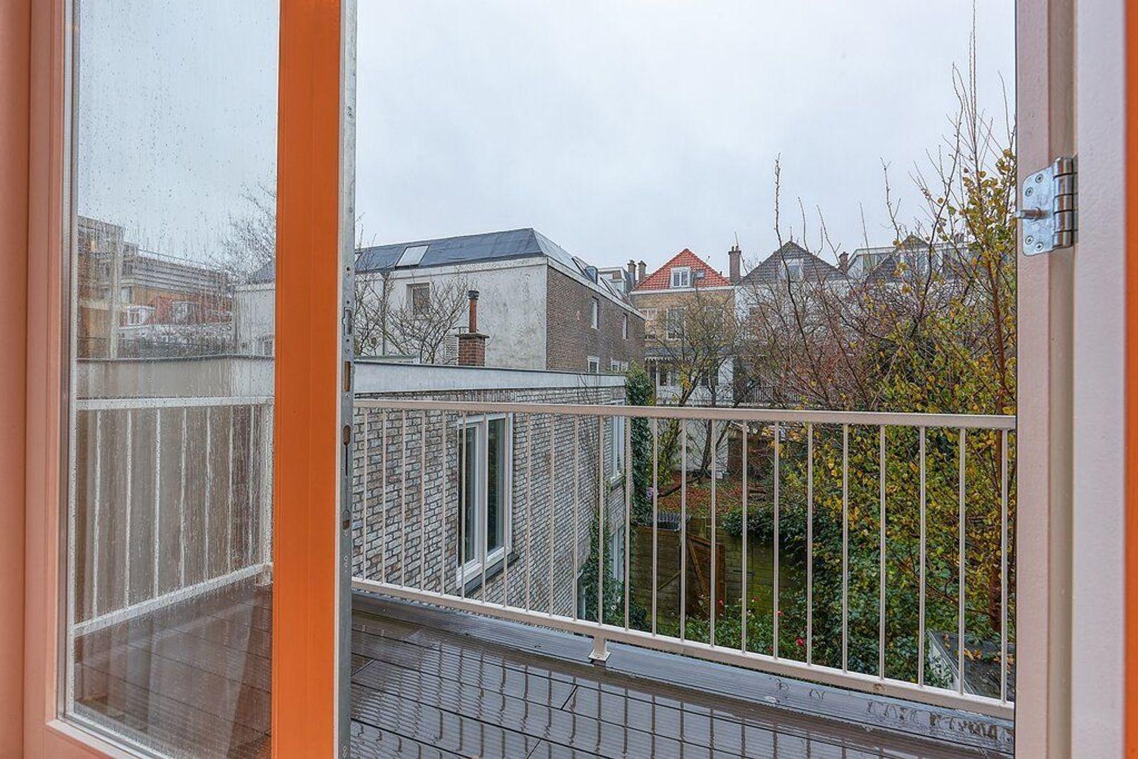 Van Galenstraat, Den Haag foto-8 blur