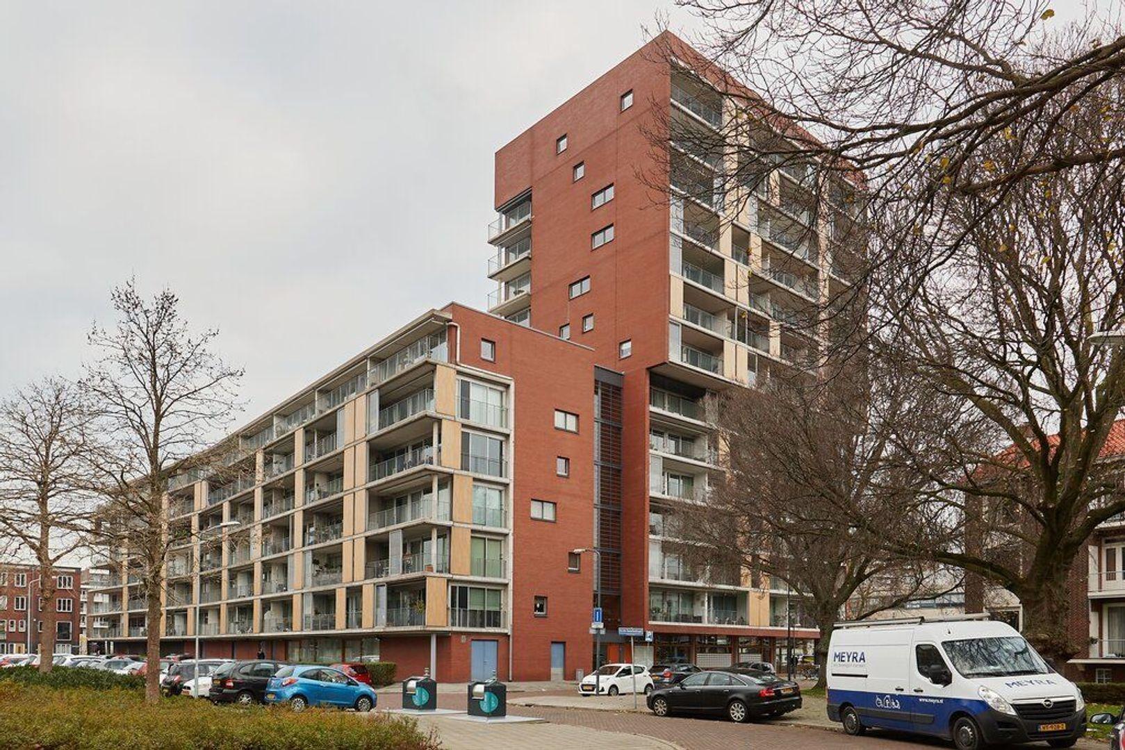 Guido Gezellestraat, Voorburg foto-25 blur