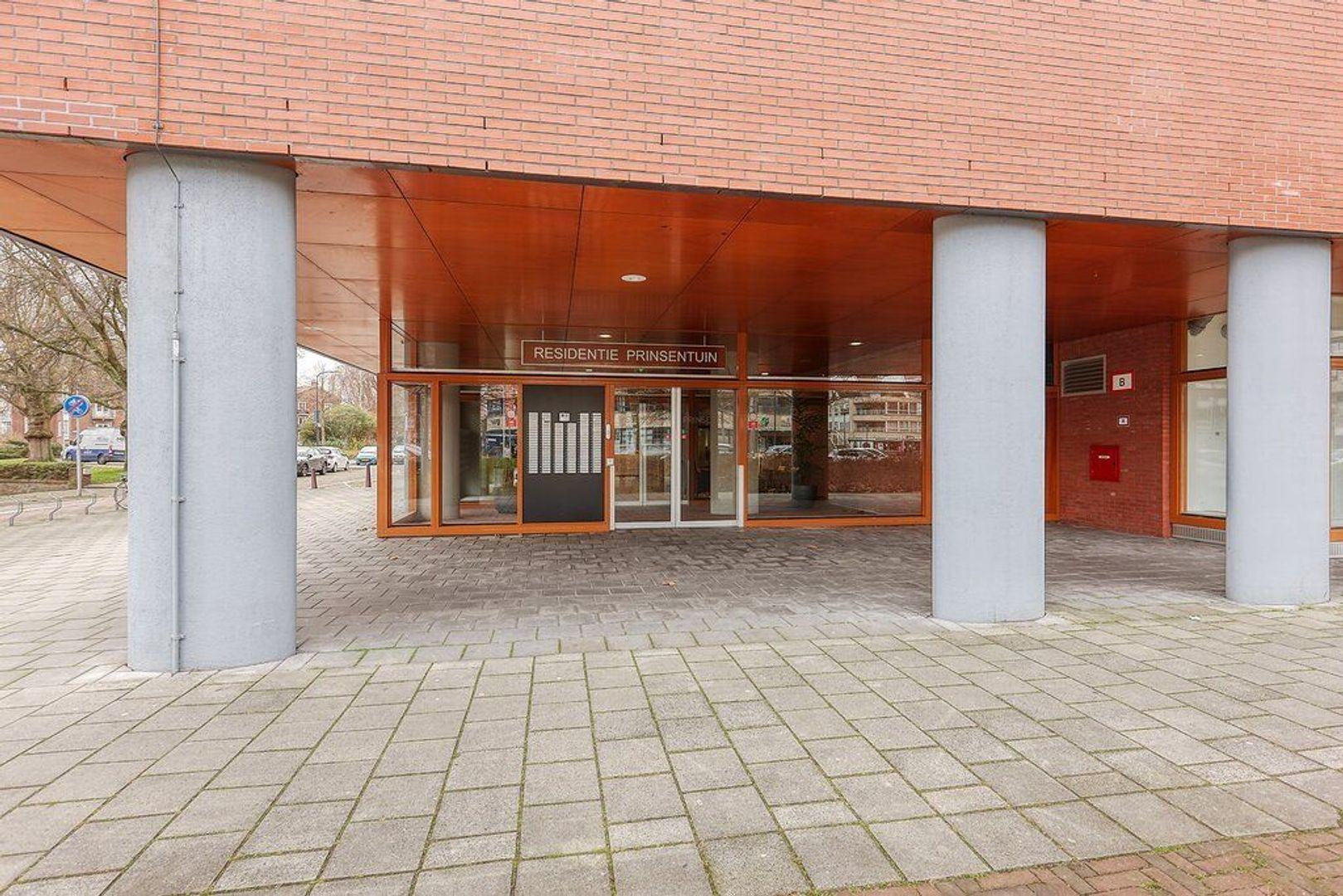 Guido Gezellestraat, Voorburg foto-24 blur
