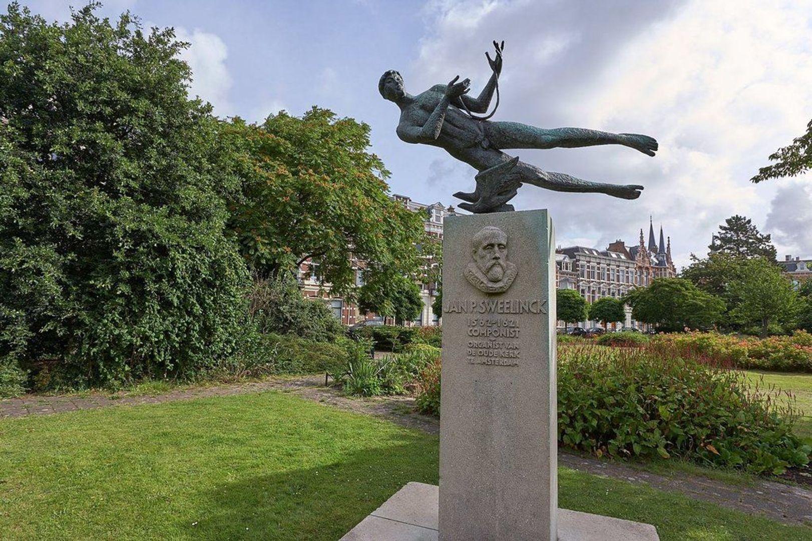 Sweelinckplein, Den Haag foto-22 blur