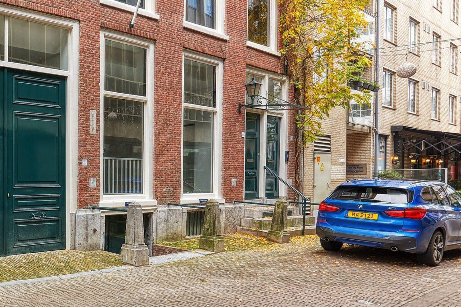 Korte Houtstraat, Den Haag foto-13 blur