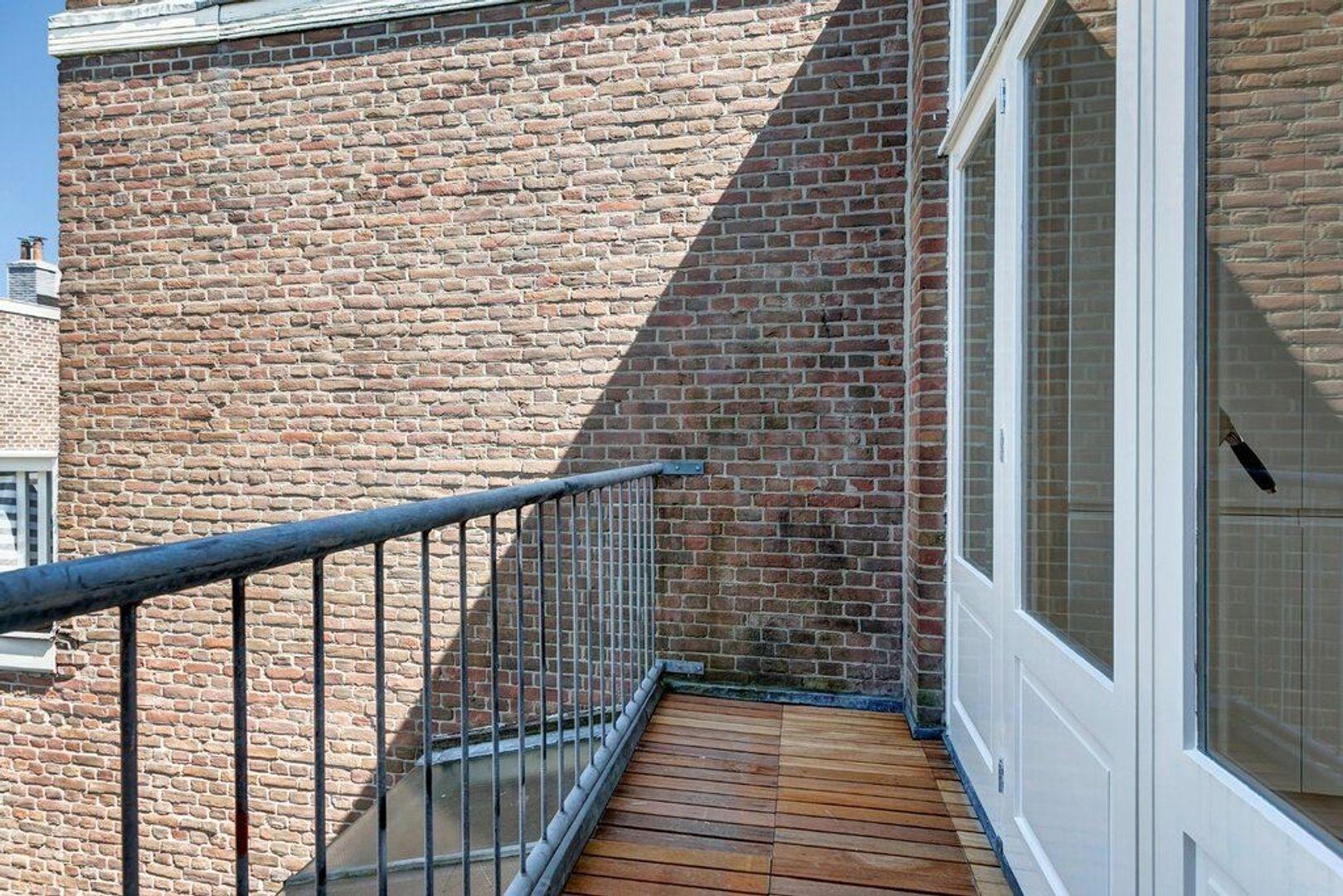 Weimarstraat, Den Haag foto-5 blur