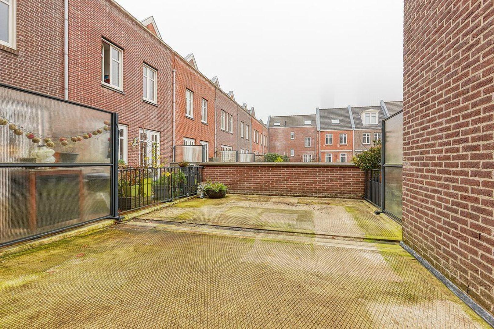 Adriaan Vlackstraat, Den Haag foto-16 blur