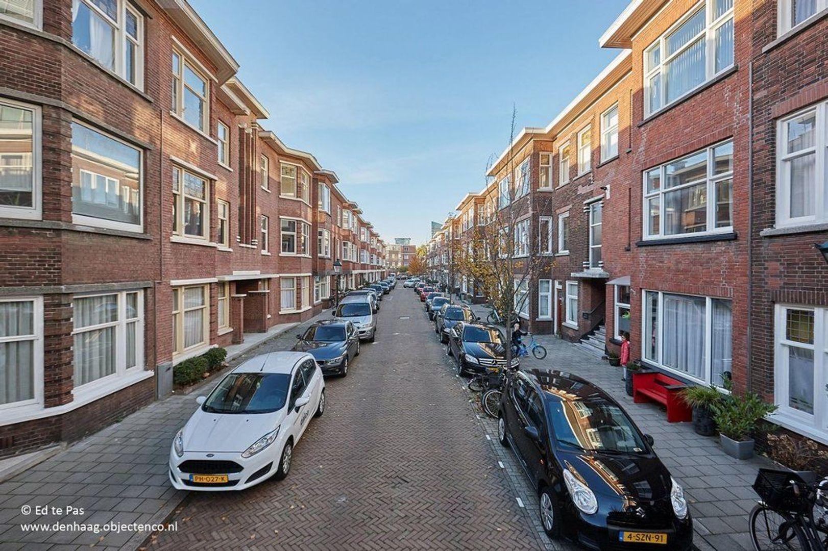 Van den Boschstraat, Den Haag foto-21 blur