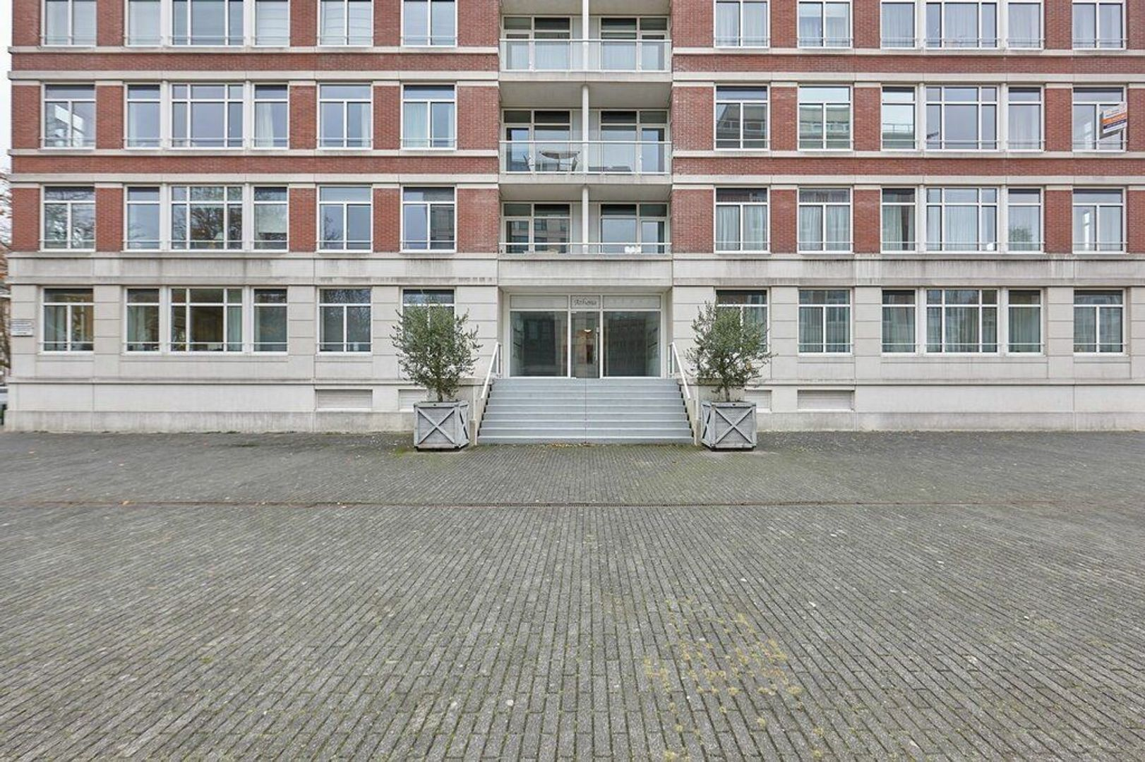 Burgemeester De Monchyplein, Den Haag foto-2 blur