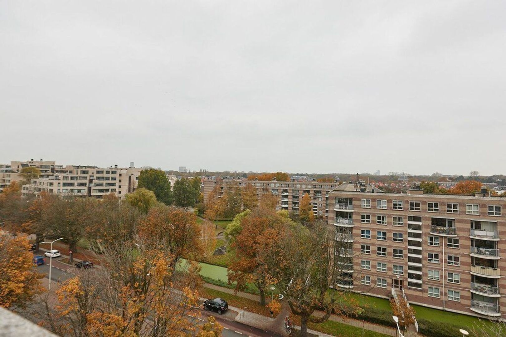 Burgemeester De Monchyplein, Den Haag foto-26 blur
