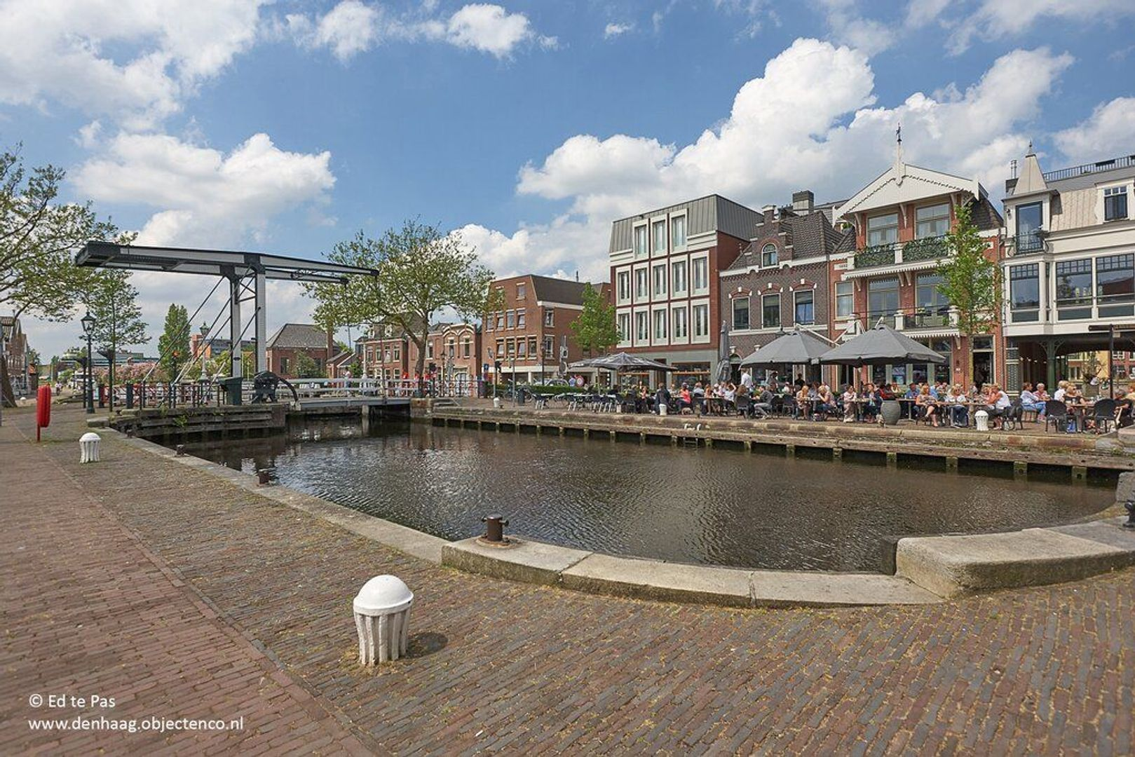 Schout Van Eijklaan, Leidschendam foto-32 blur