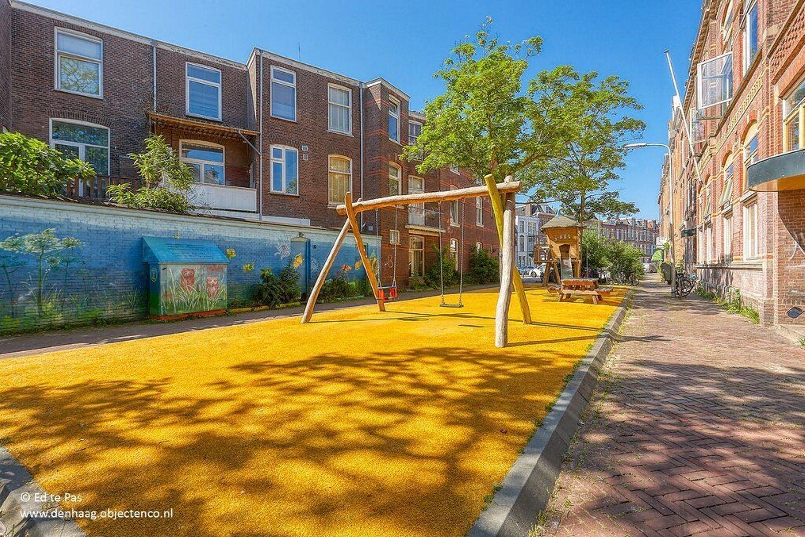 Edisonstraat, Den Haag foto-33 blur