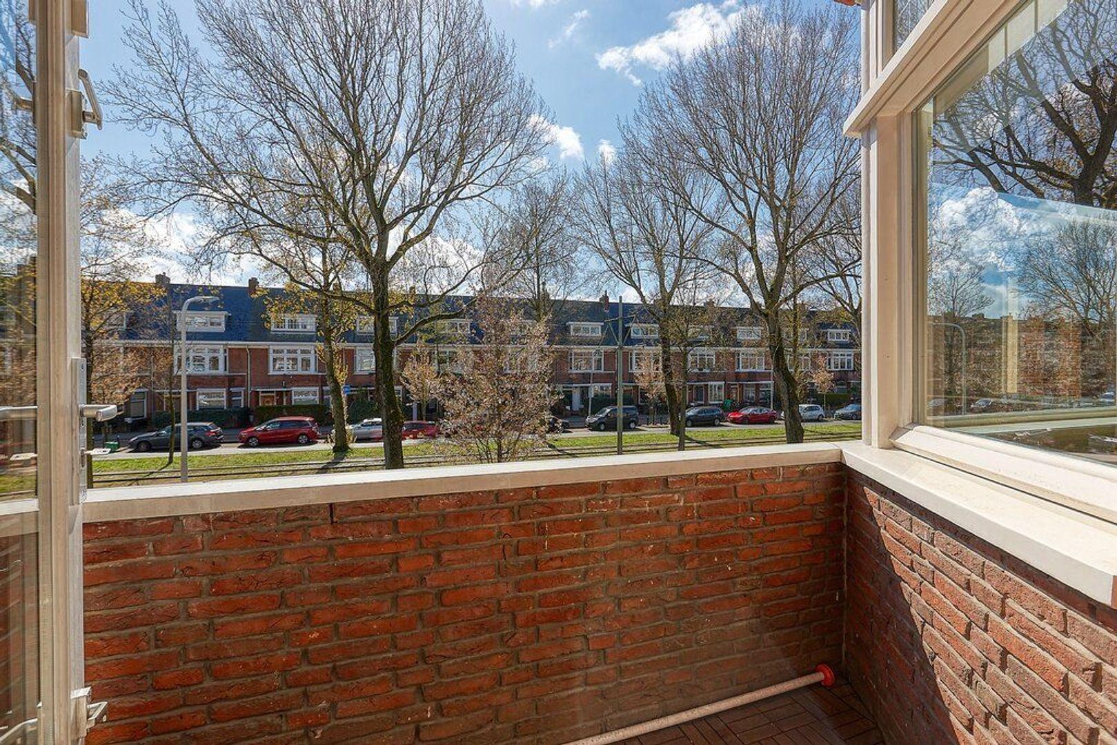 Laan van Meerdervoort, Den Haag foto-17 blur