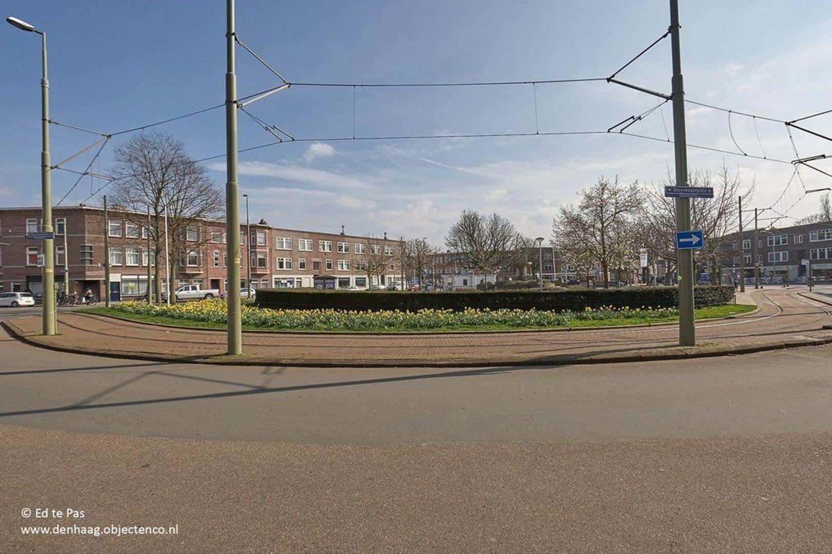 Stuyvesantplein, Den Haag foto-23 blur