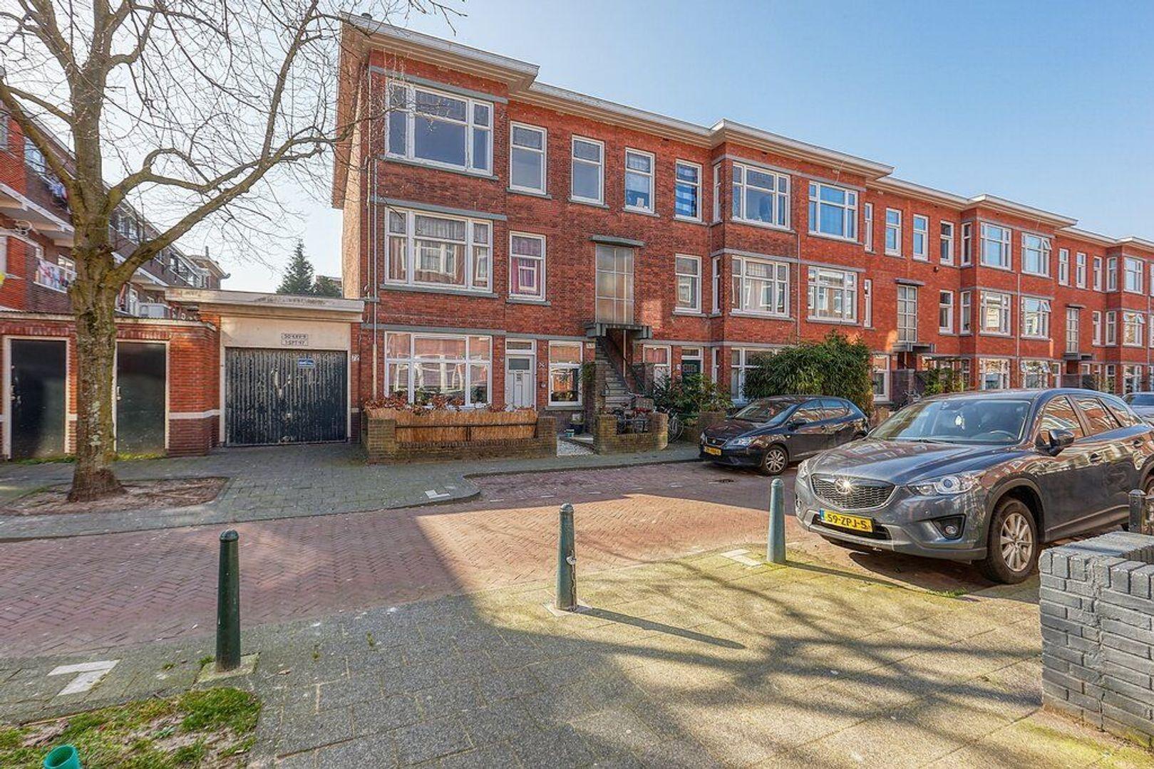 Ermelostraat, Den Haag foto-24 blur