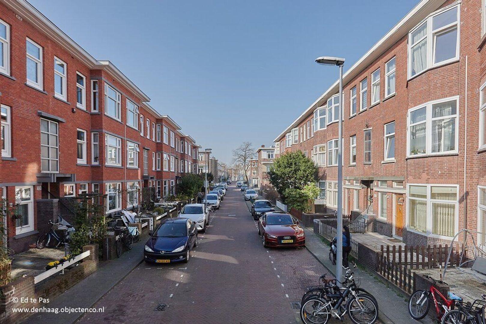 Ermelostraat, Den Haag foto-26 blur
