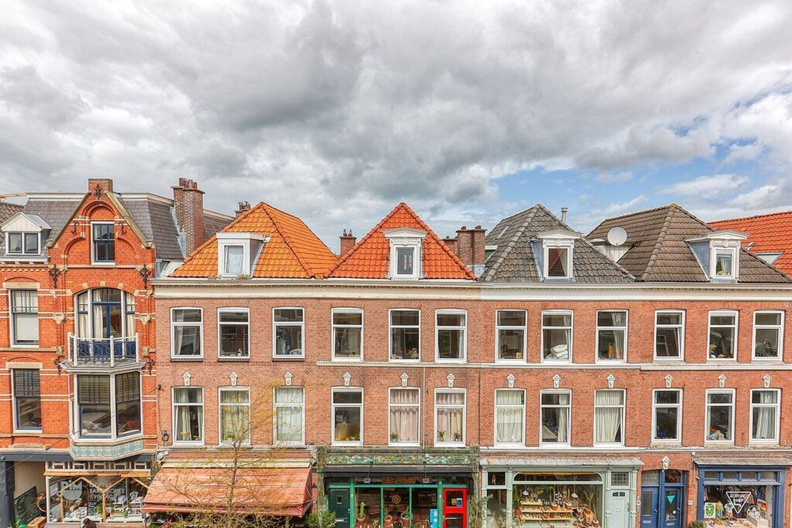 Prins Hendrikstraat, Den Haag foto-29 blur