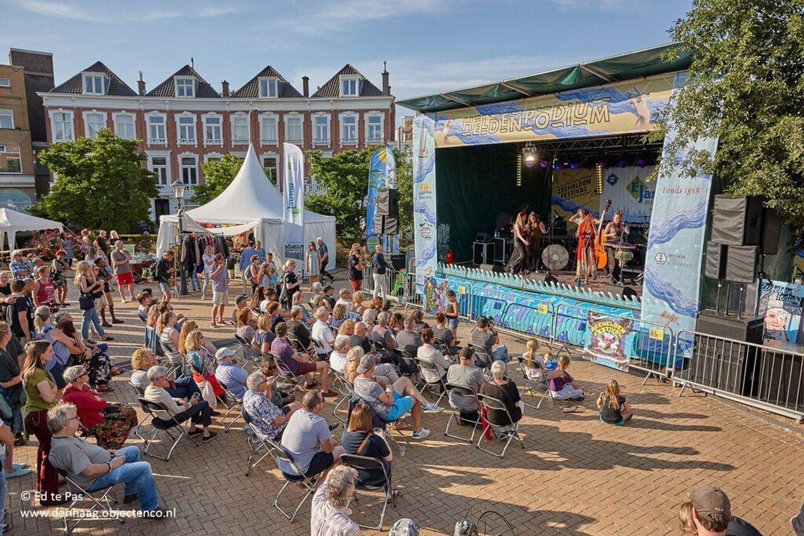 Prins Hendrikstraat, Den Haag foto-32 blur