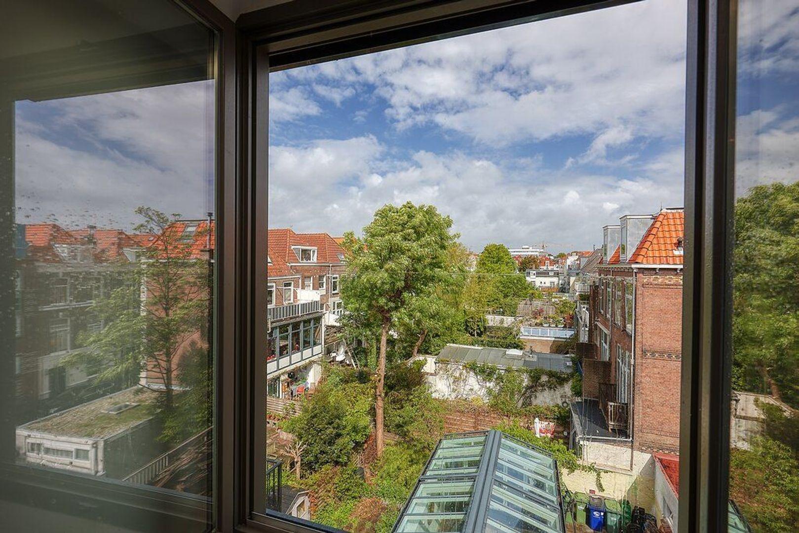 Piet Heinstraat, Den Haag foto-22 blur