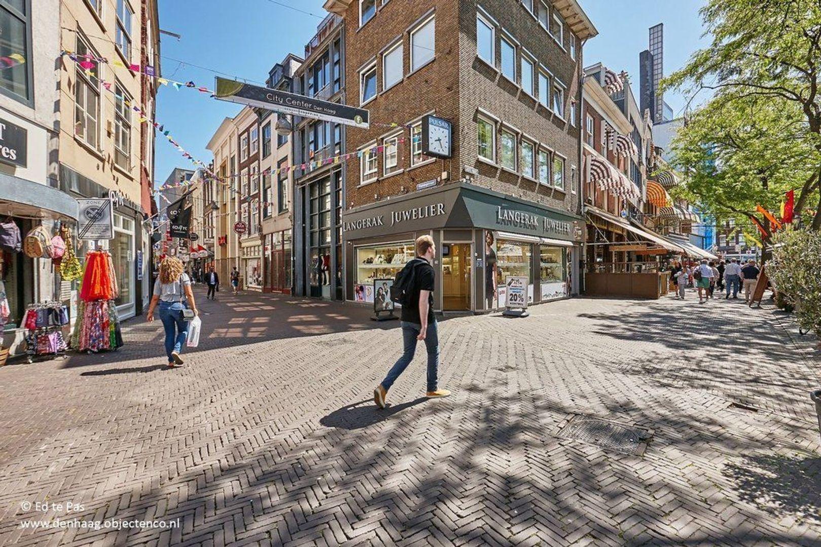 Muzenstraat, Den Haag foto-19 blur