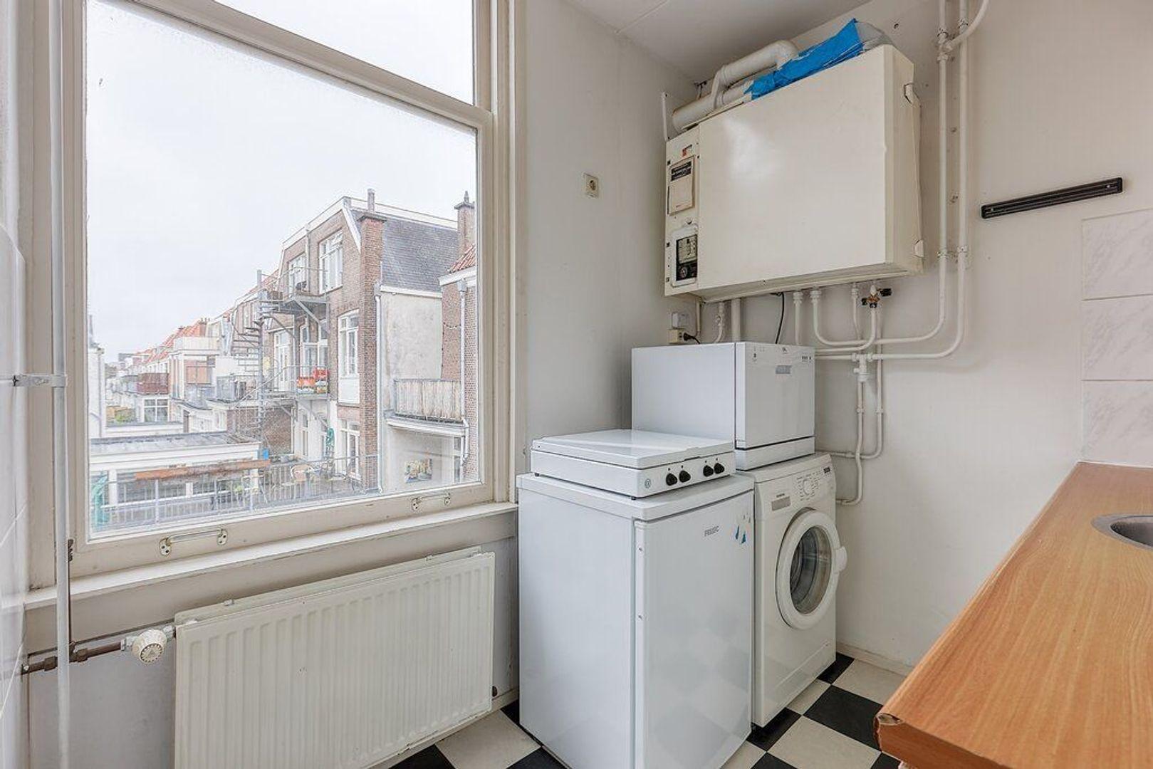 Van Diemenstraat, Den Haag foto-9 blur