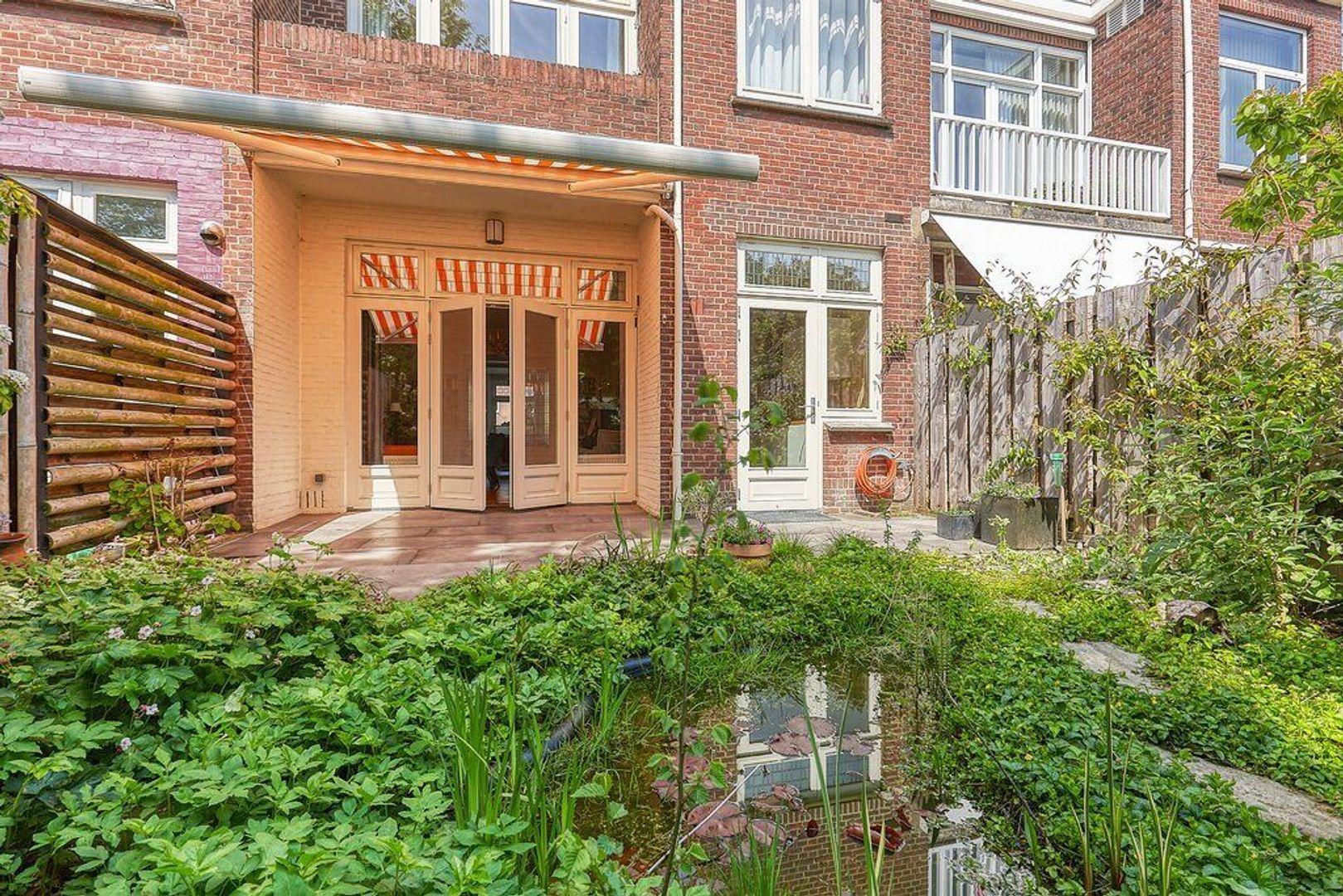 Laan van Meerdervoort, Den Haag foto-12 blur